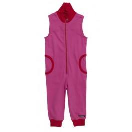 Roze jumpsuit zonder mouwen van het Zweedse merk Villervalla. De jumspuit sluit met een rits.