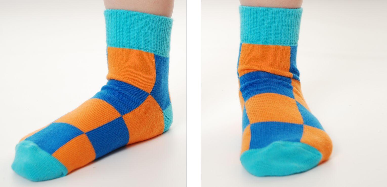Duns Sweden sokken check blue/orange - Hippe kinderkleding met een retro touch uit Sweden