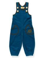 Blauwe crawler van ribstof van het Deense merk AlbaBabY. De crawler heeft een egel op een van de zakken.