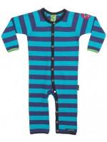 Dark mulberry/aqua gestreepte jumpsuit van het Zweedse merk Villervalla. De jumpsuit sluit met drukknoopjes.