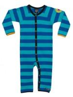 Ocean/azur gestreepte jumpsuit van het Zweedse merk Villervalla.