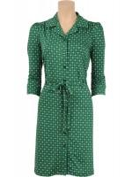 Groene jurk met vrolijke print van het hippe merk King Louie. De jurk sluit met knoopjes en heeft een riempje van dezelfde stof als de jurk.