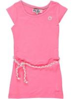 Neonroze jurk van het merk Birds by D-Rak. De jurk heeft een kapmouwtje en een gevlochten riempje.