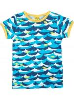 T-shirt met golven en vissen van het Zweedse merk Duns Sweden.