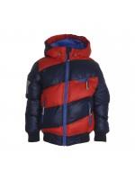 Toffe navy/rode winterjas van het Deense merk Molo. De jas is iets feller groen dan op de foto en heeft een ster op de mouw.