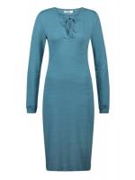 Blauwe jurk van het merk ISIS.