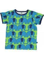 Groen t-shirt met blauwe olifanten van het Deense merk Smafolk. Het t-shirt heeft een navy bies en is gemaakt van 50% Oekotex gecertificeerd katoen, 45% modal en 5% elastane.