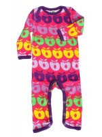 Toffe roze jumpsuit met gekleurde appels van het Deense merk Smafolk. De jumpsuit heeft een paarse bies.  De jumpsuit van Smafolk is gemaakt van 100% katoen. De kleding van Smafolk is gemaakt van Oekotex gecertificeerd katoen, wel zo prettig.