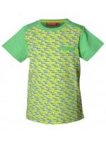 Groen shirt met blauwe en oranje racewagens van het Belgische merk Someone. Het t-shirt heeft effen mouwen en een zakje op de borst.