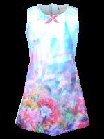 Jurk met meisje in bloemenveld van het Belgische merk Someone. De jurk heeft een lichtblauwe achterkant en sluit met een rits.