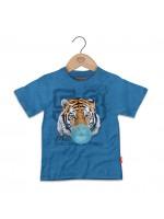 Blauw gemelleerd t-shirt met tijger  van het  Belgische merk Stones & Bones.   Het t-shirt is gemaakt van 100%  katoen.