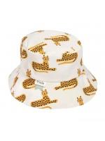Zonnehoedje met cheetahs van het merk Trixie Baby.   Het zonnehoedje is gemaakt van biologisch katoen.