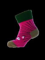 Vrolijk roze egel kletskous van het hippe merk Ubang uit Denemarken. Speel met de sok door je hand in de sok te doen en kletsen maar met deze hippe kletskousen.