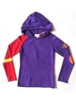 Toffe gebreide paarse hoodie van het Nederlandse merk Unkk. De hoodie heeft een leuke pleisterapplicatie op de mouw en een van de mouwen is rood.