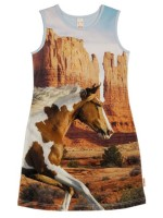 Jurk met paard van het hippe Nederlandse merk Wild.  De jurk is gemaakt van Oekotex gecertificeerd katoen.